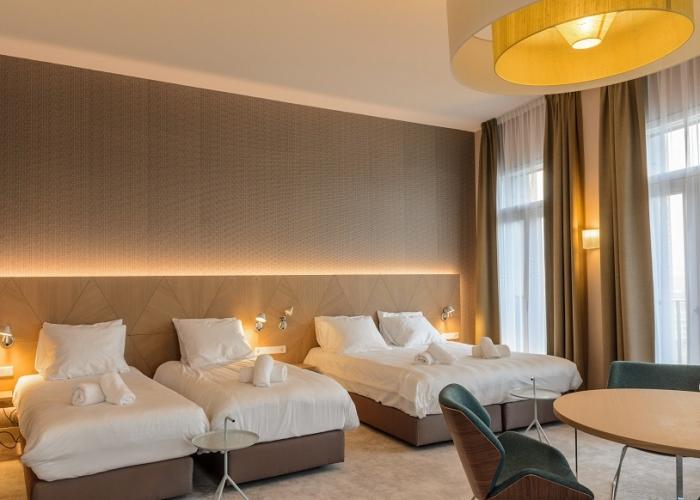 Family deluxe room Amadi Panorama Hotel
