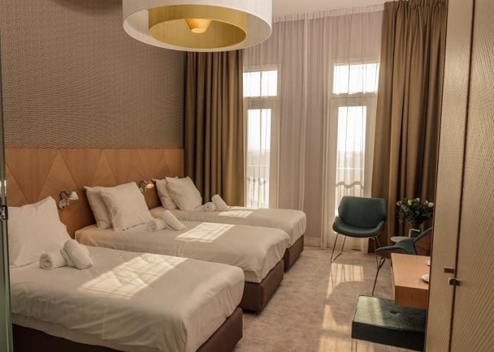 Triple suite Amadi Panorama Hotel