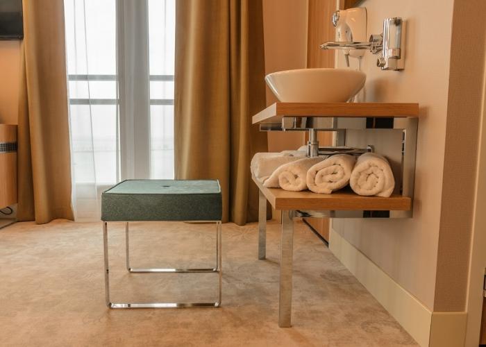 Washing table Family suite Amadi Panorama Hotel