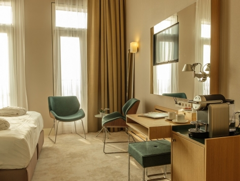 Deluxe Double room (wheelchair accessible)